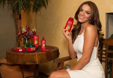 Bruna Marquezine se torna porta-voz de marca de beleza