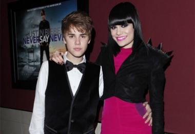 Jessie J chama Justin Bieber de 'incrível' em carta
