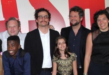 Rodrigo Santoro, Selton Mello e Wagner Moura participam de pré-estreia de filme