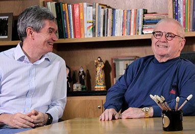 Após se recuperar, Jô Soares brinca com boatos sobre sua saúde, durante em entrevista - Site oficial/Altas Horas