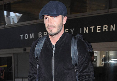 David Beckham chega todo estiloso a Los Angeles - Grosby Group