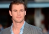 Chris Hemsworth diz que Matt Damon o ensinou a ser sexy -