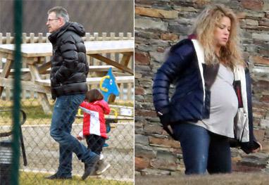 Shakira mostra o barrigão de grávida em passeio com os sogros - Grosby Group
