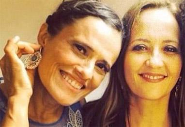 Zélia Duncan se casa com atriz - Reprodução