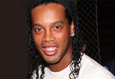 Condenado por dano ambiental, Ronaldinho Gaúcho recebe multa de R$ 800 mil - Ag.News