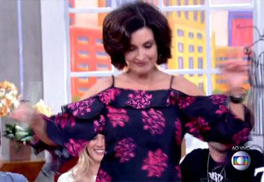 Tem gingado! Fátima Bernardes ganha elogios após dar uma sambadinha  - Reprodução/TV Globo