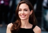 Angelina Jolie ainda guarda o sangue do ex-marido Billy Bob Thornton -