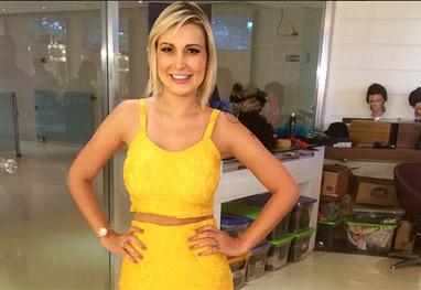 Andressa Urach está com pé dentro da Record - Reprodução Instagram