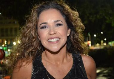 Daniela Mercury faz protesto a favor dos direitos da mulher e da legalização do aborto - Ag News