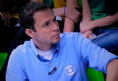 Tiago Leifert anuncia o The Voice Kids na Globo - Reprodução/Facebook