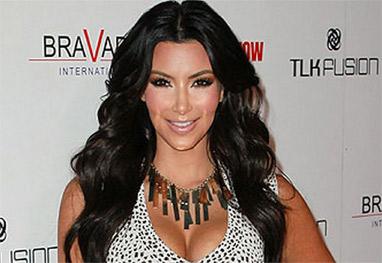 Kim Kardashian lava o cabelo uma vez por semana - Getty Images
