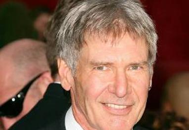 Harrison Ford passa por cirurgia no tornozelo e na pelve após acidente de avião - Grosby Group