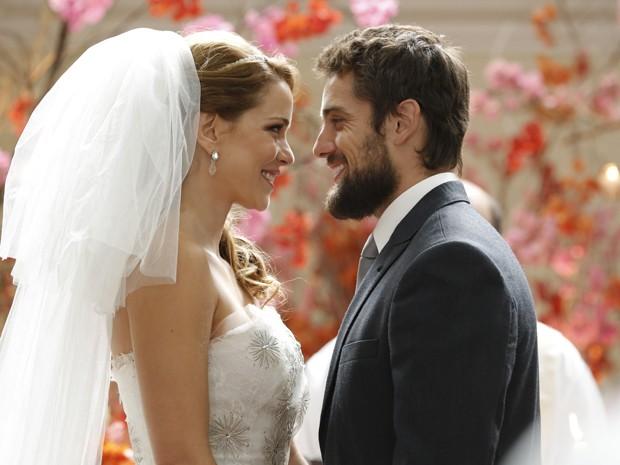 Império: Cristina se casa com Vicente no lugar de Maria Clara - Império/TV Globo