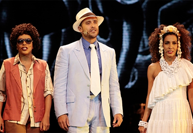 Diogo Nogueira estreia como ator em SamBra - Divulgação/Rogerio Grassia/Stage Photo Press/CDC