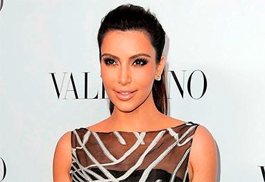 Kim Kardashian diminuiu os seios após nascimento de North West - Getty Images