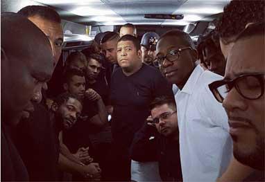 Show de Mumuzinho é interrompido após tiroteio - Reprodução/Instagram