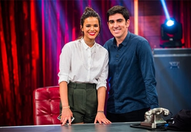 Bruna Marquezine é a convidada especial do Adnight