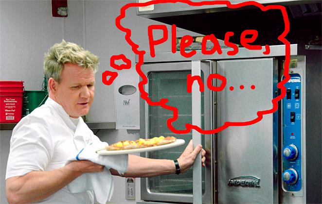 Gordon Ramsay cumpre promessa e come pizza com abacaxi