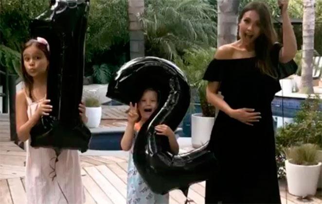 Jessica Alba vai ser mamãe pela terceira vez