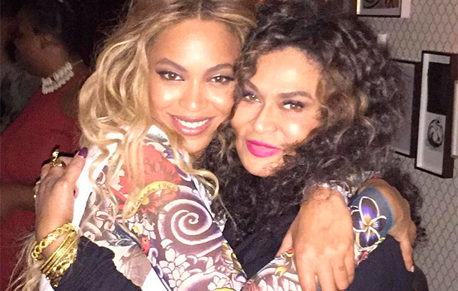 Mãe de Beyoncé faz piada sobre ser avó de gêmeos