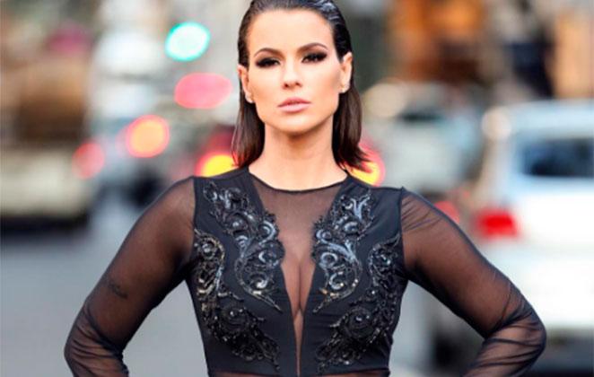 Carol Dias aposta em look sexy e fala em respeito