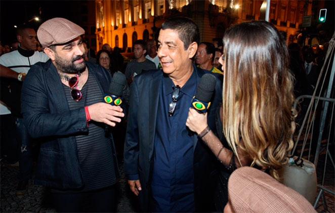 Recuperado, Zeca Pagodinho confere prêmio da música