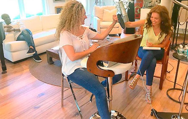Thalía está trabalhando com a compositora de Despacito