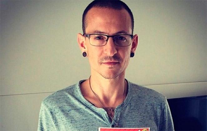 Vocalista do Linkin Park comete suicídio aos 41 anos