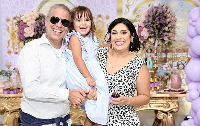Com Aladdin como tema, Dudu Braga celebra o aniversário da filha