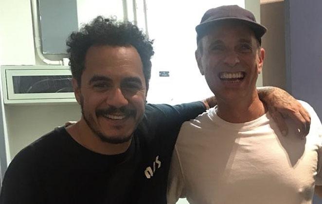 Dudu Braga fez dueto inédito com Marcelo D2 no Altas Horas