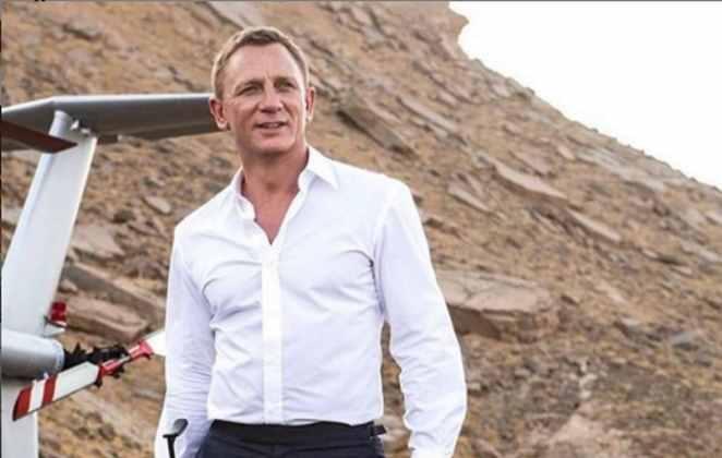 Daniel Craig em cena de filme