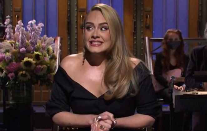 Adele em participação no programa SNL