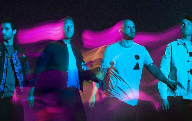 Coldplay em foto de divulgação do álbum Music Of The Spheres