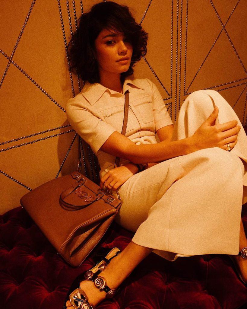 Sophie Charlotte de roupa branca