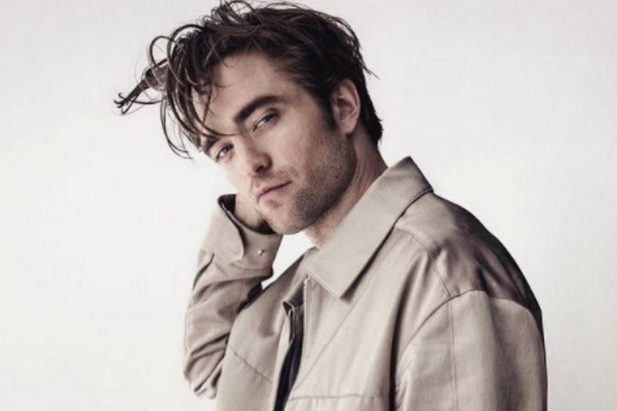 Robert Pattinson de blaser