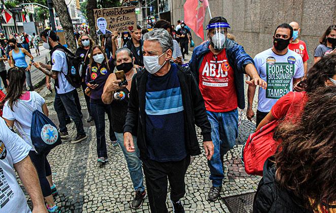 Chico Buarque participou de manifestação contra o presidente Jair Bolsonaro