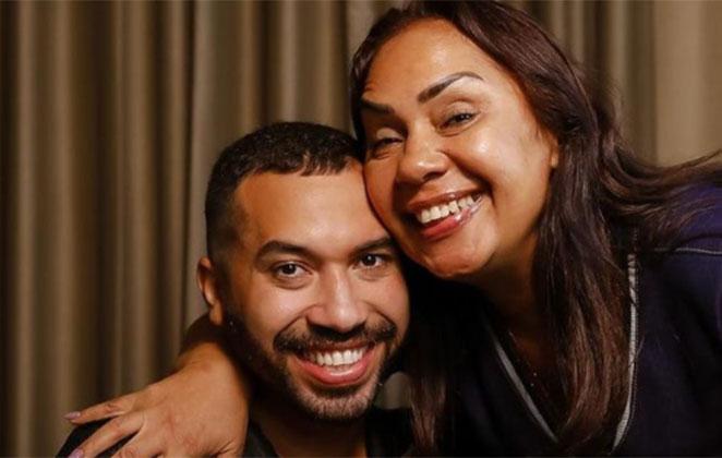 Gil do Vigor com a mãe, Jacira Santana