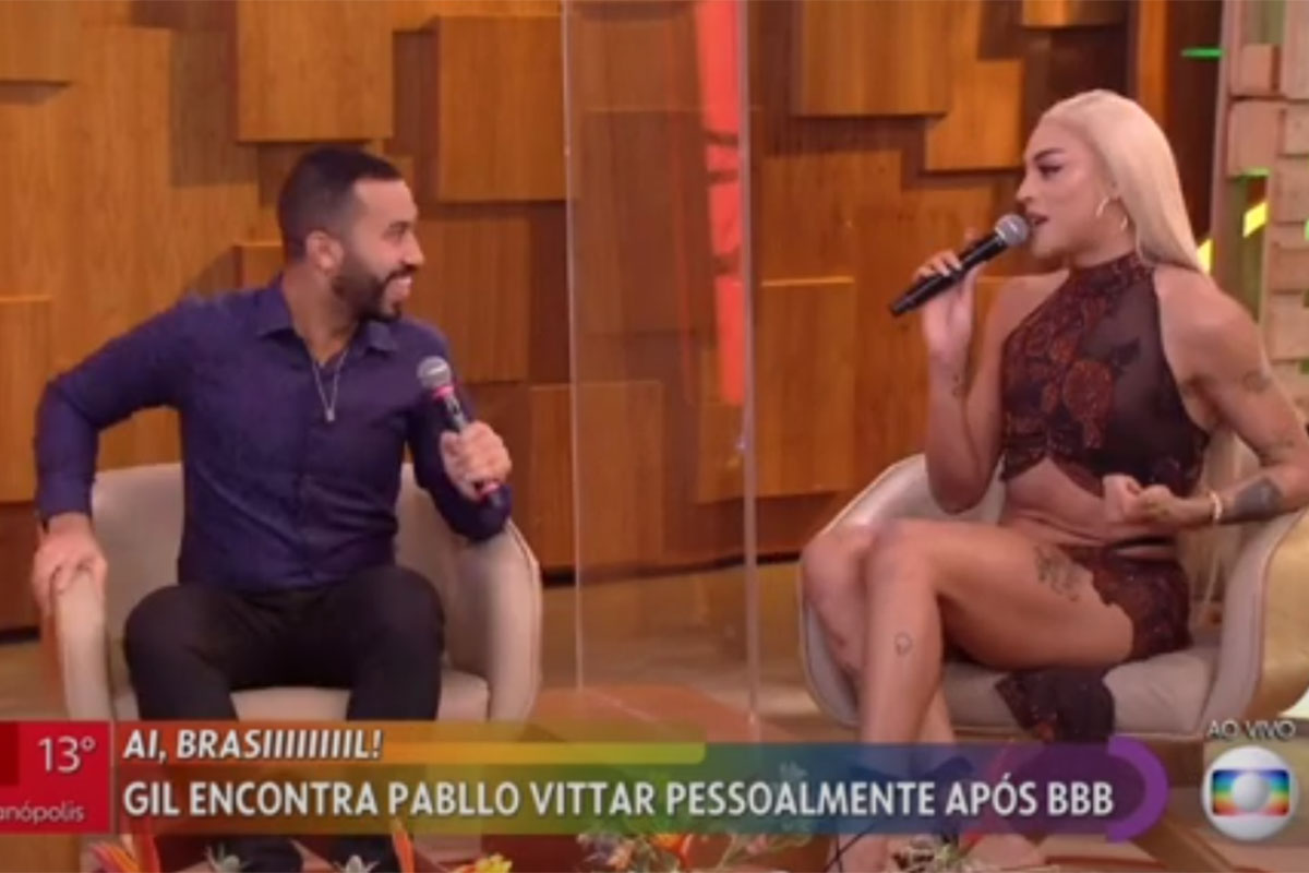 Gilberto Nogueira e Pabllo Vittar no sofá com Fátima Bernardes