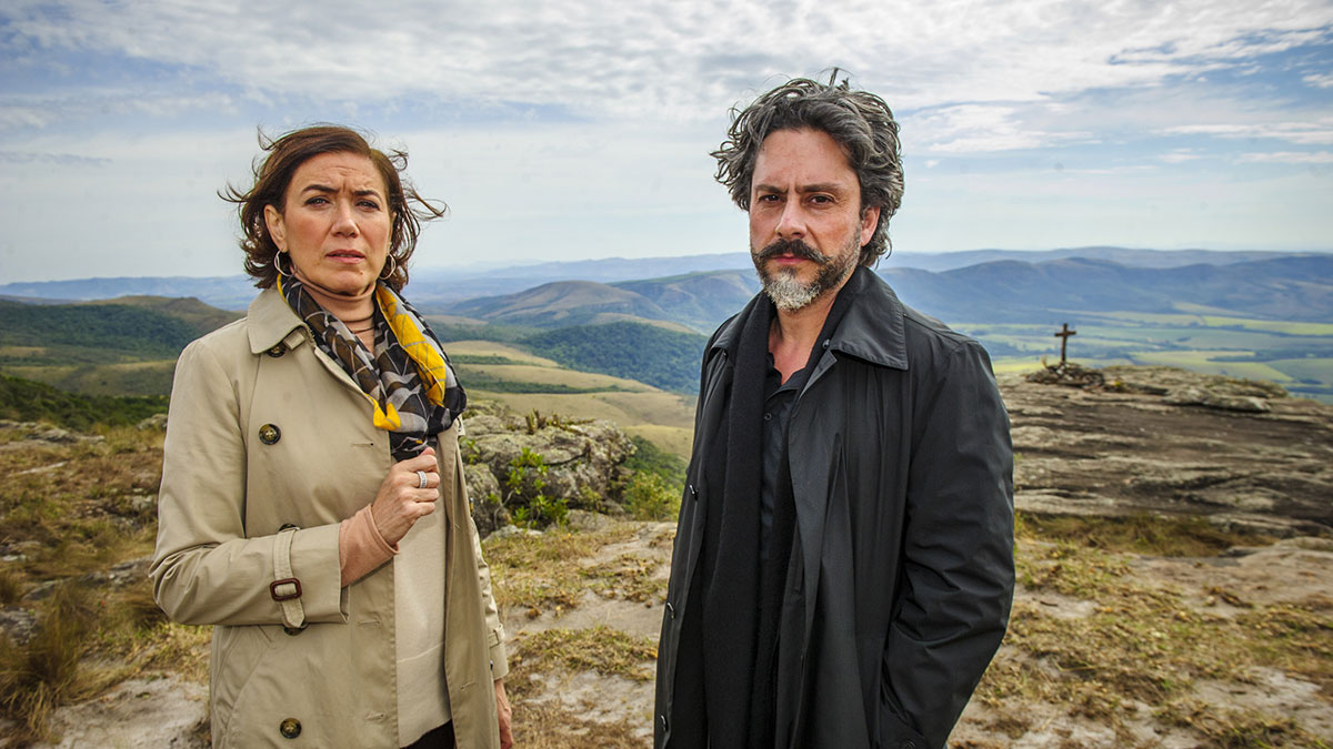 Lília Cabral e Alexandre Nero durante a novela Império