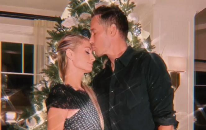 Paris Hilton e noivo