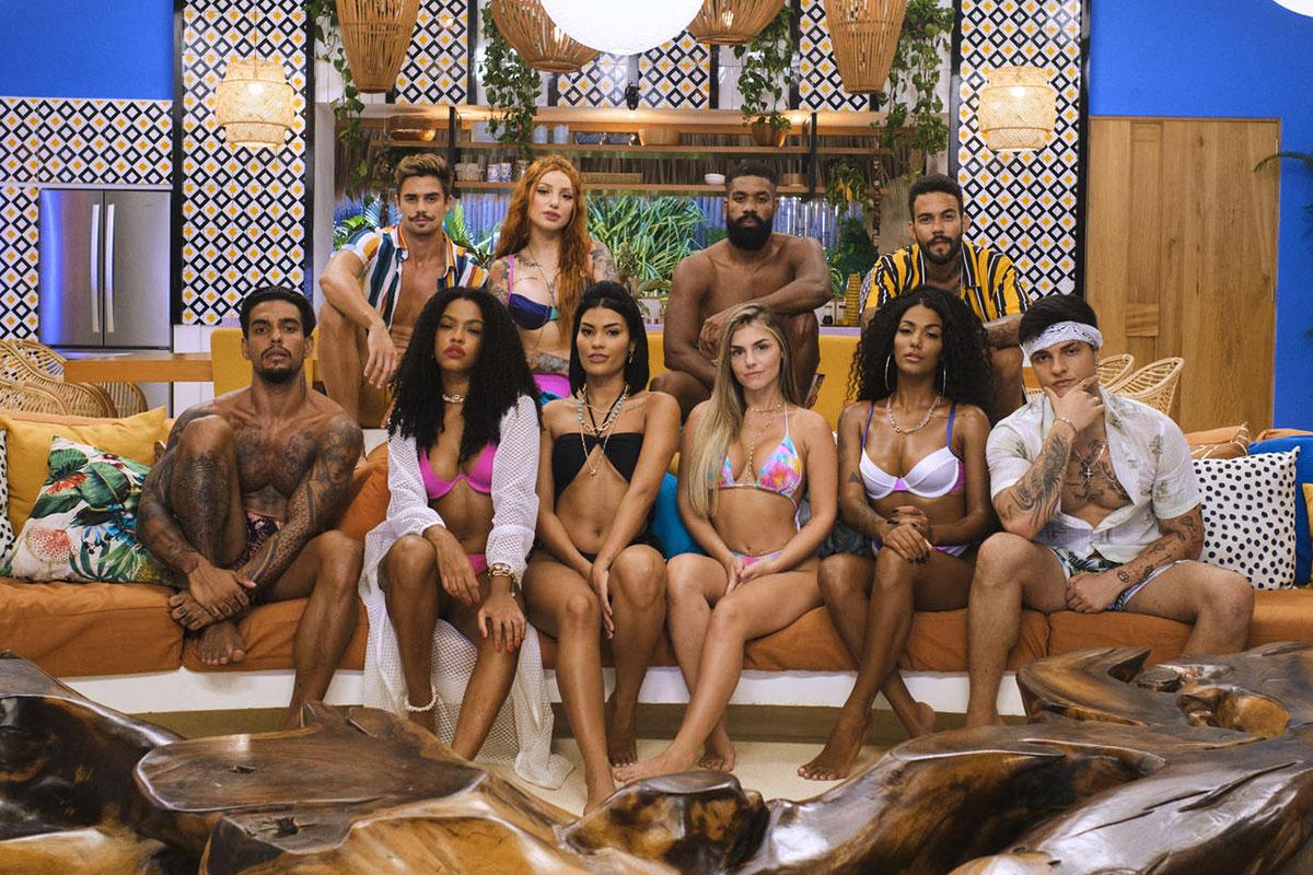 Participantes do reality show Brincando com Fogo Brasil