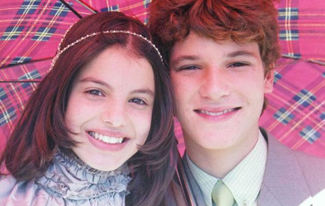 Sthefany Brito e Jonatas Faro como Dorinha e Kiko, em Um Anjo Que Caiu do Céu