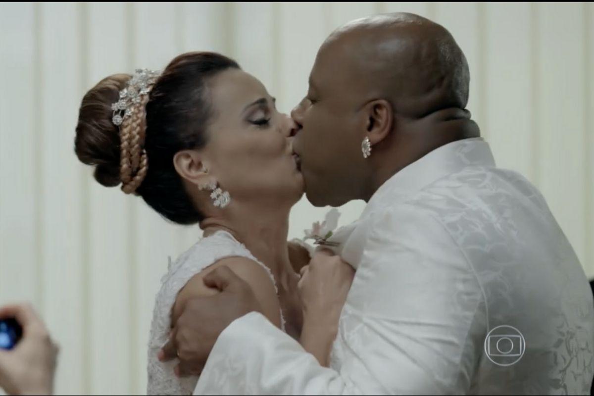 Xana e Naná se casam no final de Império