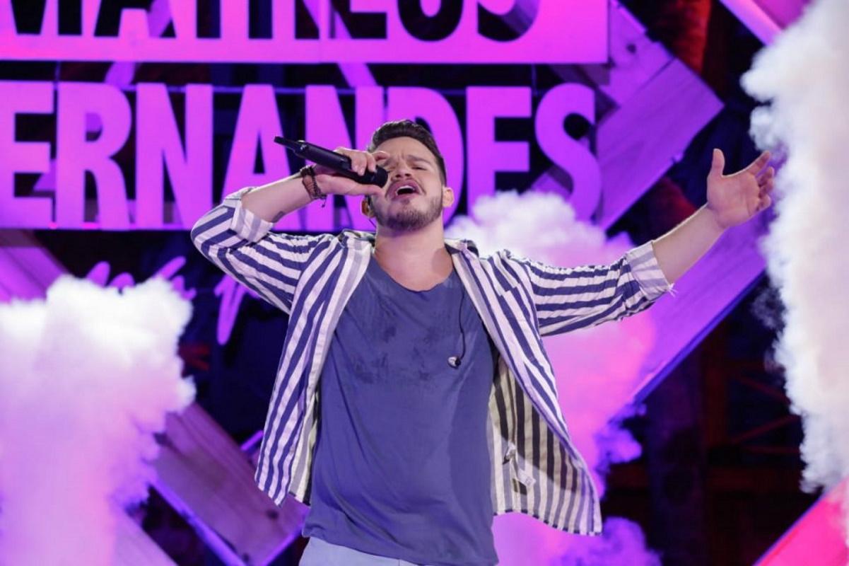 Matheus Fernandes no palco