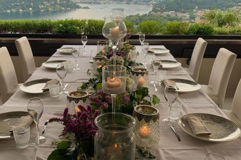 Restaurante Il Gatto Nero na região da Lombardia, província de Como, Itália.