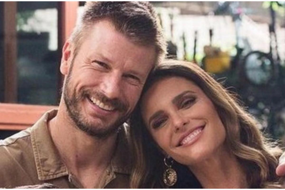 Rodrigo Hilbert e Fernanda Lima posados