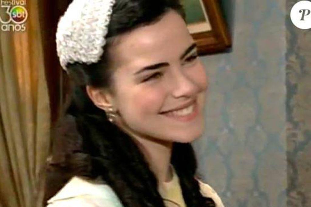 Ana Paula Arósio, como Amanda, em Éramos Seis