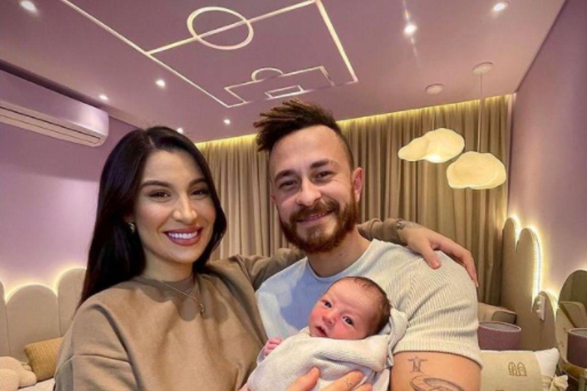 Bianca Andrade, Fred e Cris no quartinho do bebê