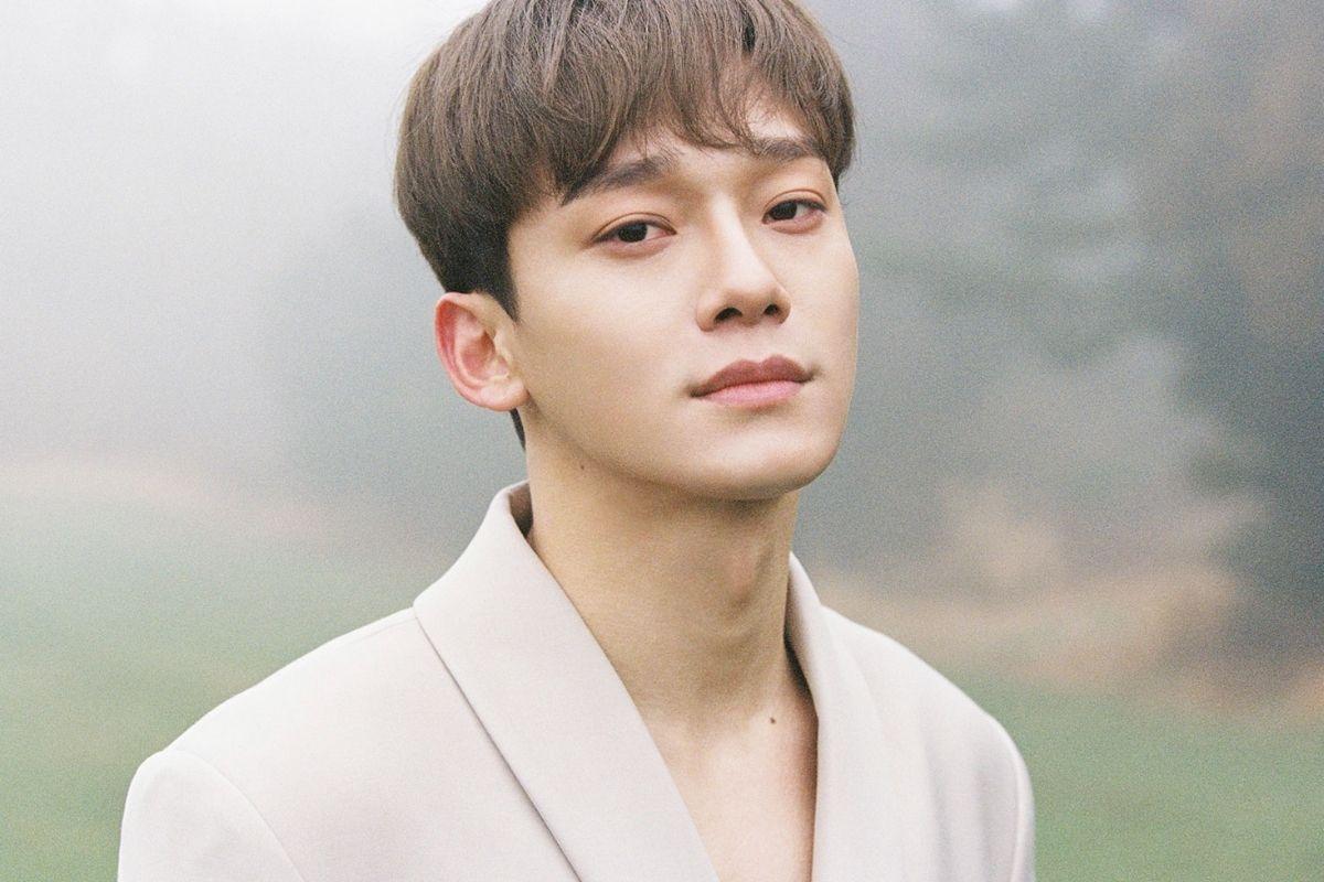 Foto de Chen em ensaio