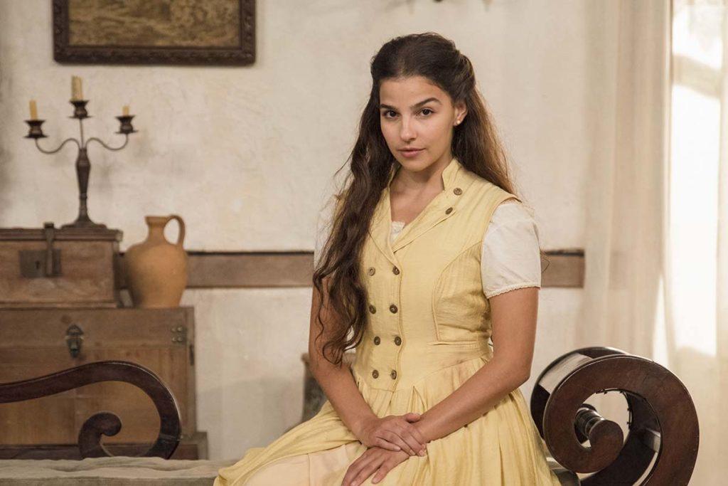 Gabriela Medvedovski, como Pilar, em Nos Tempos do Imperador